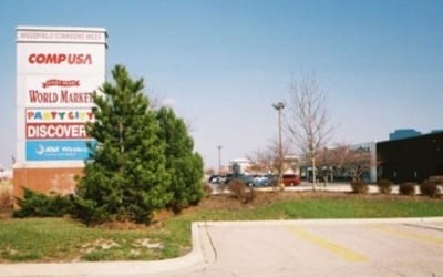 Woodfield Commons Shopping Center